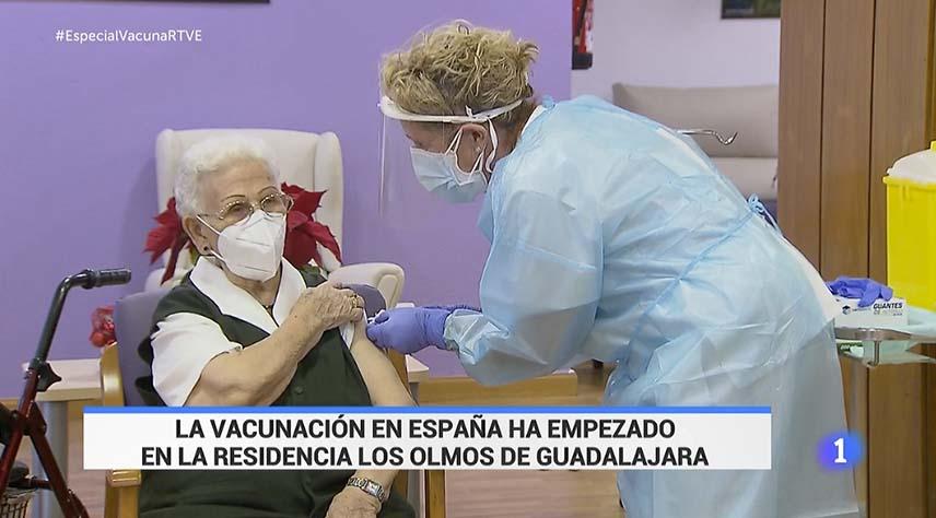 Primera vacunada covid España